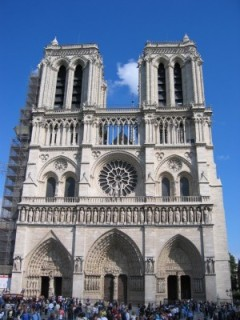 Notre_Dame_Cathedral_09-768x1024